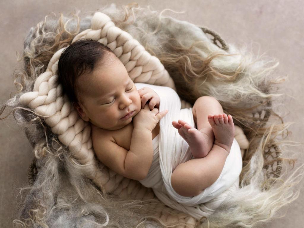 Fotografo Neonati Montecatini e Servizi Fotografici Newborn Montecatini